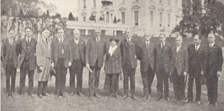 President Warren G. Harding and the NFFE Executive Council on the White House lawn in 1921